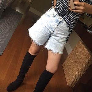High waist Vintage Levi's shorts 🌺💕💖❤️🎁